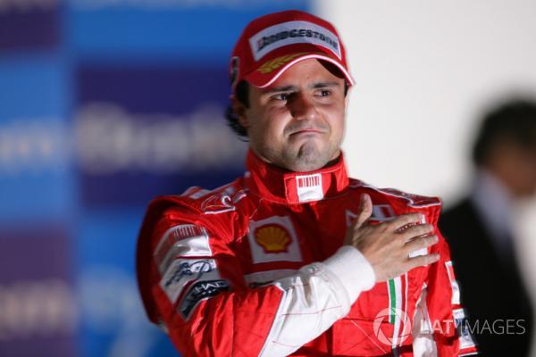 f1-brazilian-gp-2008-podium-felipe-massa-ferrari.jpg