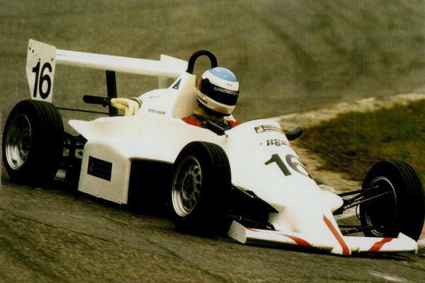 Michael-Schumacher-1200x800-fd8e5cb9d75296d4.jpg